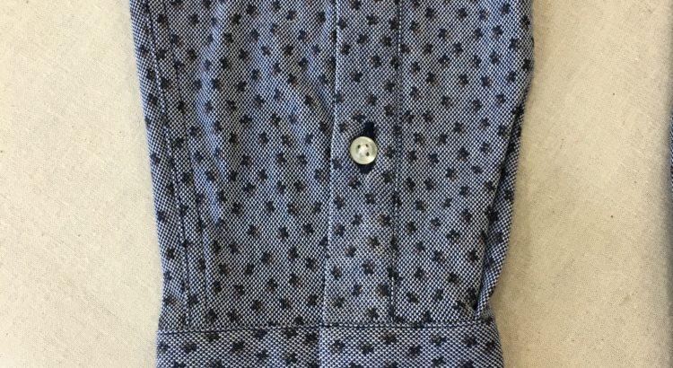 Yシャツの袖